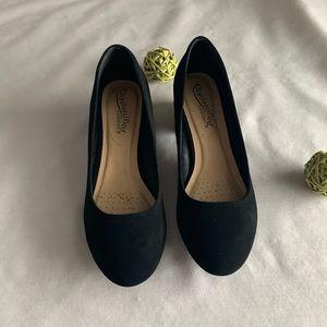 🔵Black heels
